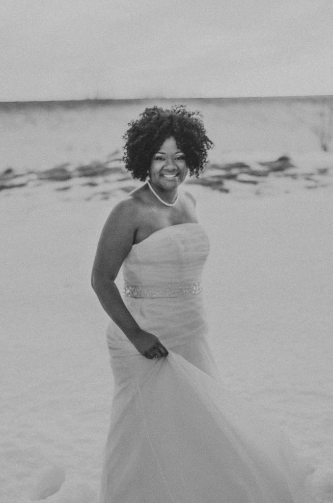 Best-African-American-Wedding-Photographer-in-Grand-Rapids-Michigan-Belle-Isle-wedding-photos-4-678x1024