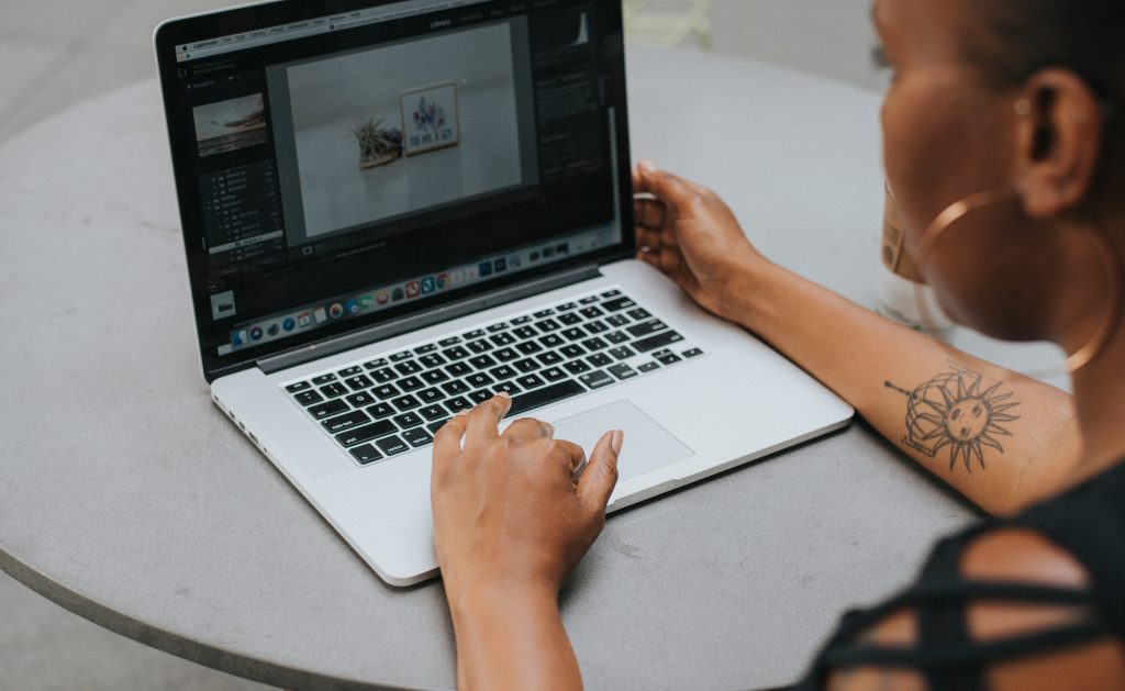 How To Get People To Connect To Your Brand And Photography Business, How To Get People To Connect To Your Brand And Photography Business on social media, How To Get People To Connect To Your personal Brand
